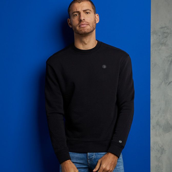 R-Neck Relaxed Essential Sweater