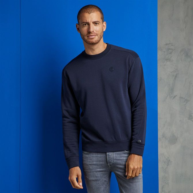 Relaxt Fit Essential Sweater